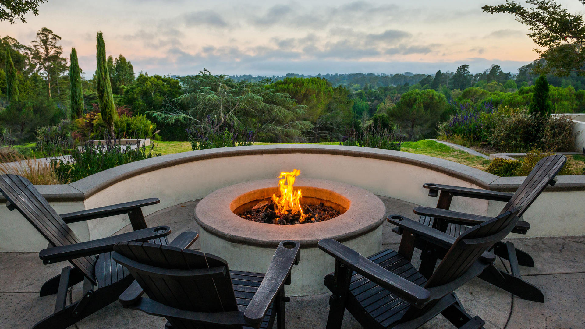 Chaminade fire pit